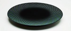 「彫漆蒟醤盛器」(ちょうしつきんまもりき)田中恵二先生作品